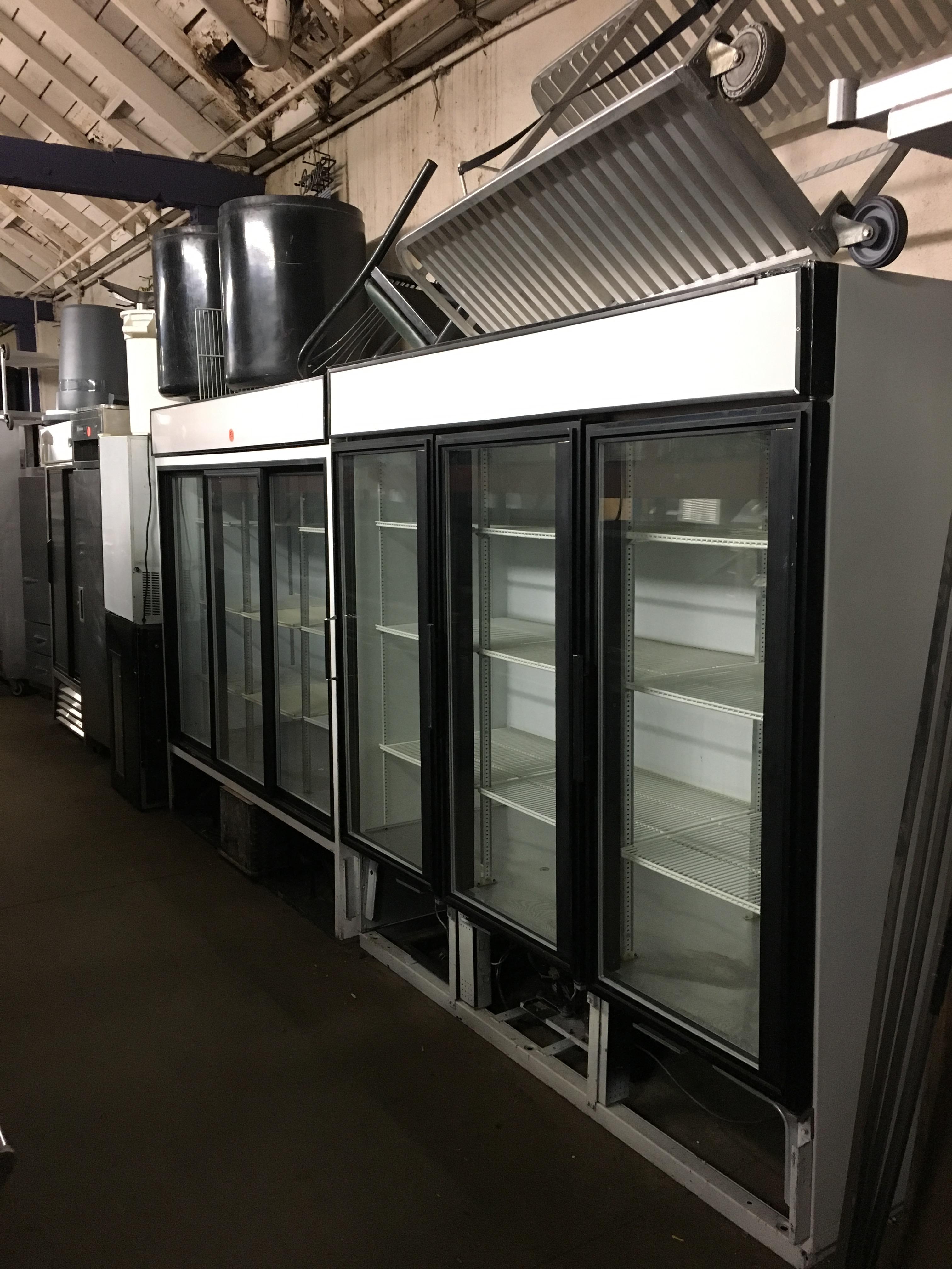 restaurant-equipment-15040825272.jpg