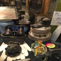 antique-collectible-auction-15068974397.jpg