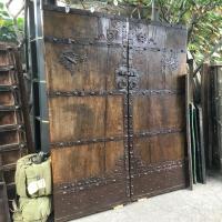 antique-collectible-auction-15068998107.jpg