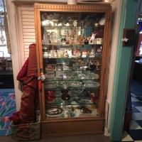 antique-collectible-auction-15069159095.jpg