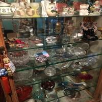 antique-collectible-auction-15069159097.jpg
