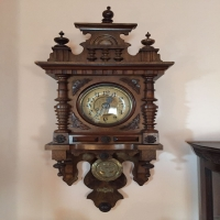 antique-wall-clock-1425655921.jpg