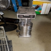 business-equipment-15513720905.jpg