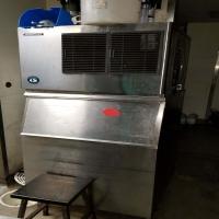 business-equipment-15513720907.jpg