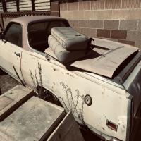 garage-15720901262.jpg