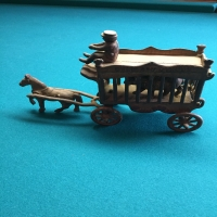 iron-overland-circus-horse-carriage-toy-1426650046.jpg