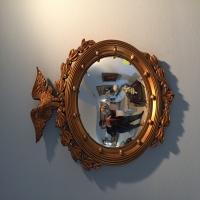 round-gold-american-eagle-framed-mirror-1426304262.jpg