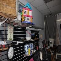 thrift-store-15508716294.jpg