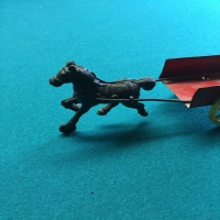 vintage-horse-carriage-tin-toy-1426651479.jpg