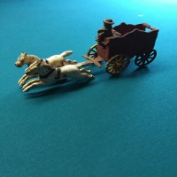 vintage-horse-carriage-toy-1426651137.jpg
