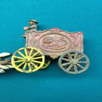 vintage-horse-carriage-toy-14266511373.jpg