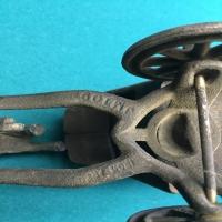 vintage-metal-horse-carriage-toy-14266490231.jpg