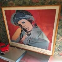 antique-collectible-auction-15069014857.jpg