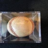 antique-collectible-auction-150691585114.jpg