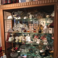 antique-collectible-auction-15069159093.jpg