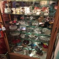 antique-collectible-auction-15069159094.jpg