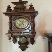 antique-wall-clock-14256559213.jpg