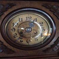 antique-wall-clock-14256559215.jpg