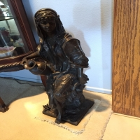 bronze-woman-statue-1426304522.jpg