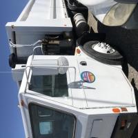 lot-15-1994-trash-truck-16232985132.jpg