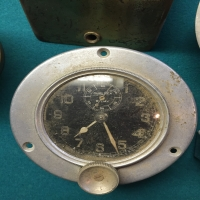 vintage-portable-automobile-clocks-carwatch-collection-14263006251.jpg